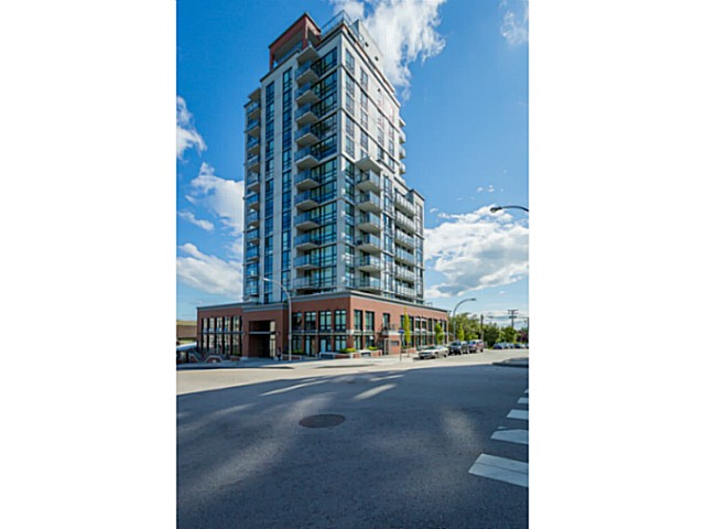"Main Photo: 804 258 SIXTH Street in New Westminster: Uptown NW Condo for sale in ""258"" : MLS® # V1056549"