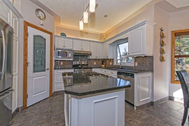 Photo 7: 158 HAMPSTEAD CIR NW in Calgary: Hamptons Residential Detached Single Family  : MLS(r) # C3637486