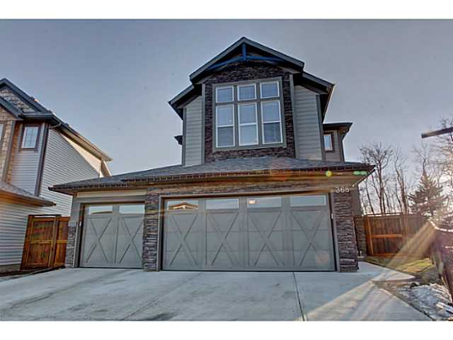 Main Photo: 368 TREMBLANT Way SW in Calgary: Springbank Hill Residential Detached Single Family for sale : MLS(r) # C3651109