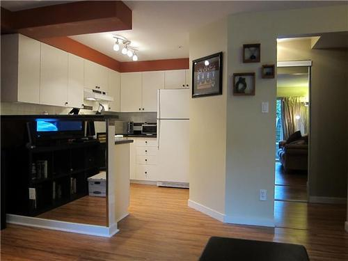 Photo 4: 111 2211 WALL Street in Vancouver East: Hastings Home for sale ()  : MLS® # V938081
