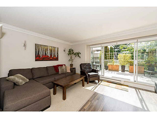 Main Photo: 6 241 E 4TH Street in NORTH VANC: Lower Lonsdale Townhouse for sale (North Vancouver)  : MLS(r) # V1142802