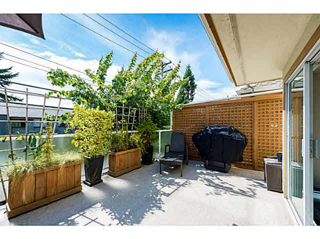 Photo 8: 6 241 E 4TH Street in NORTH VANC: Lower Lonsdale Townhouse for sale (North Vancouver)  : MLS® # V1142802
