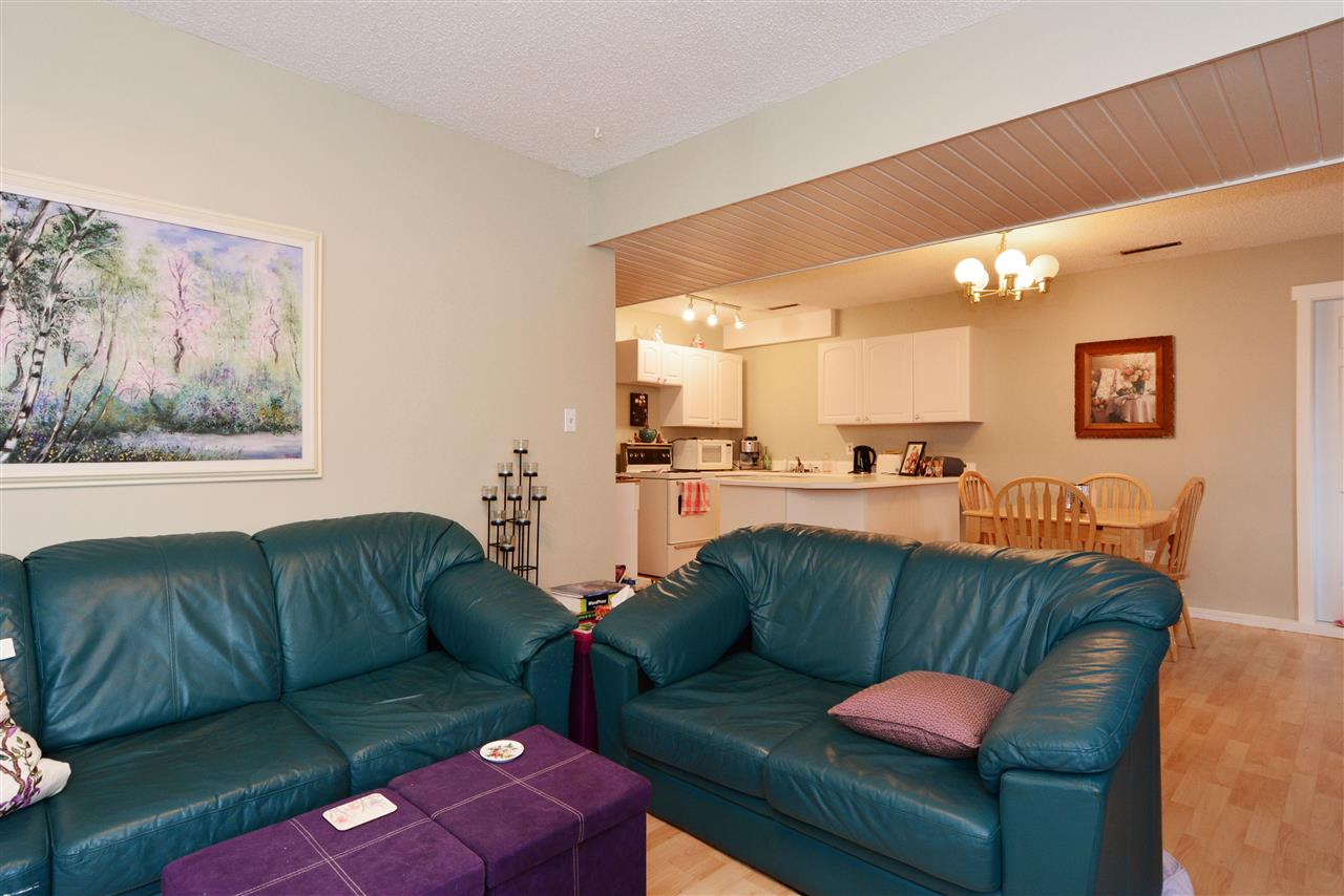 "Photo 16: 1376 EVERALL Street: White Rock House for sale in ""White Rock"" (South Surrey White Rock)  : MLS(r) # R2026894"
