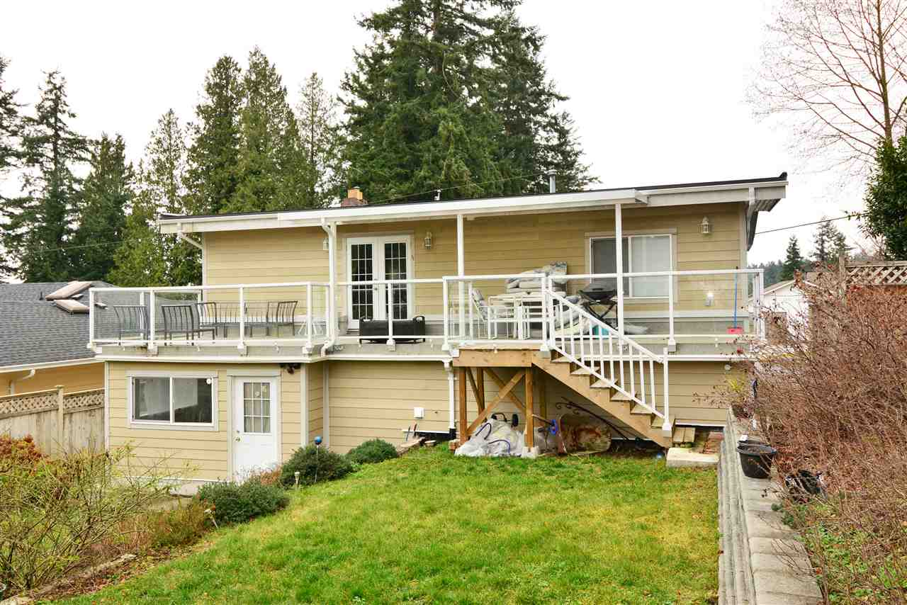 "Photo 19: 1376 EVERALL Street: White Rock House for sale in ""White Rock"" (South Surrey White Rock)  : MLS(r) # R2026894"