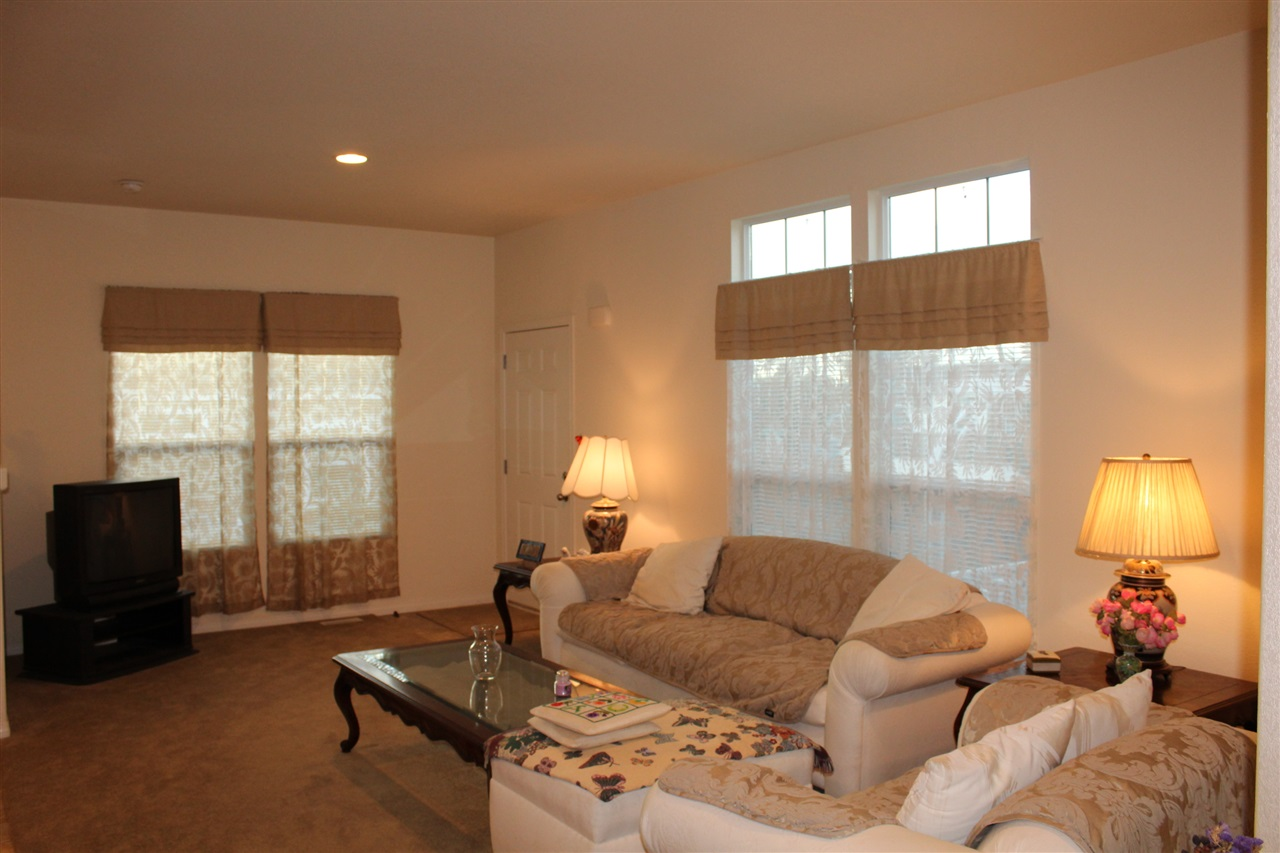 Photo 4: CARLSBAD SOUTH Manufactured Home for sale : 3 bedrooms : 7118 San Bartolo in Carlsbad