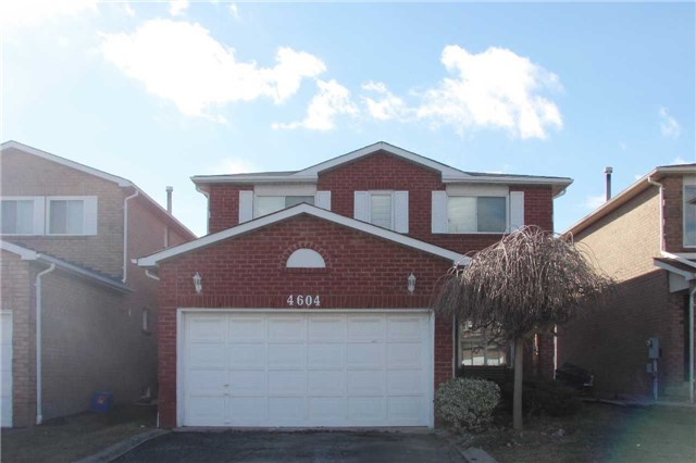 Main Photo: 4604 Full Moon Circle in Mississauga: Hurontario House (2-Storey) for lease : MLS® # W3406048