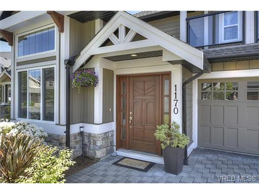 Photo 2: 1170 Deerview Place in VICTORIA: La Bear Mountain Single Family Detached for sale (Langford)  : MLS(r) # 364374