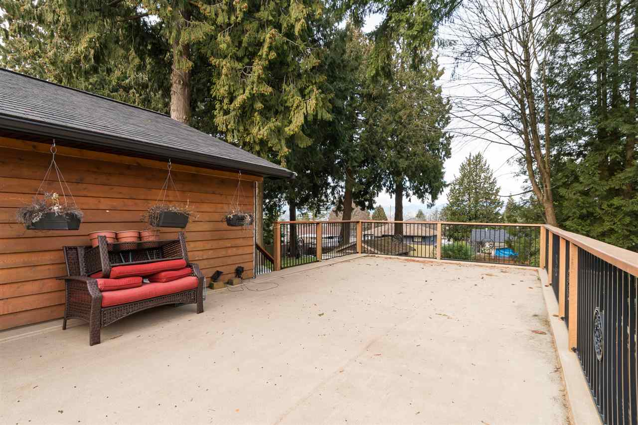 "Main Photo: 11517 96 Avenue in Surrey: Royal Heights House  in ""S. WESTMINSTER/N. SURREY"" (North Surrey)  : MLS® # R2135927"