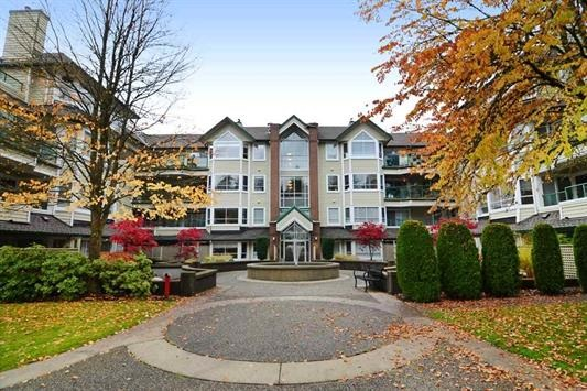 "Main Photo: 309 3670 BANFF Court in North Vancouver: Northlands Condo for sale in ""PARKGATE MANOR - AKA BANFF COURT"" : MLS(r) # R2138112"