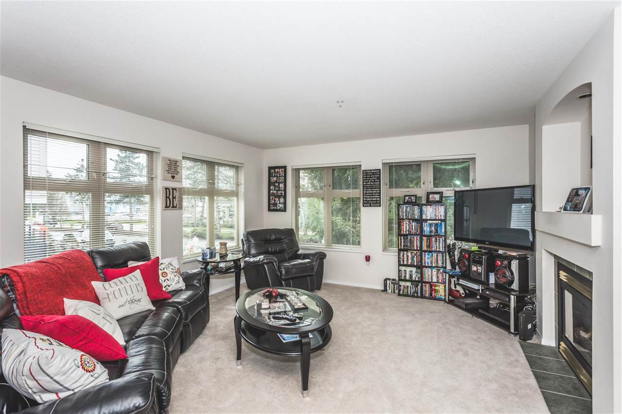 "Main Photo: 210 15220 GUILDFORD Drive in Surrey: Guildford Condo for sale in ""BOULEVARD CLUB"" (North Surrey)  : MLS(r) # R2163507"