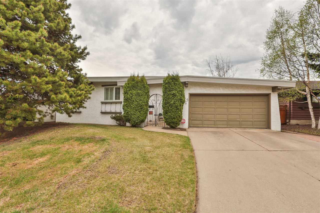 Main Photo: 23 MILLERS Road: Sherwood Park House for sale : MLS(r) # E4064190