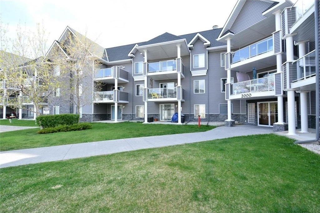 Main Photo: #2215  TUSCARORA MR NW in Calgary: Tuscany Condo for sale : MLS®# C4117496