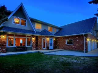 Main Photo: 4708 154 Street in Edmonton: Zone 14 House for sale : MLS(r) # E4065843