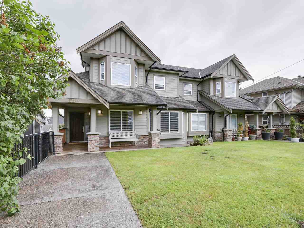 Main Photo: 1044B CHARLAND Avenue in Coquitlam: Central Coquitlam House 1/2 Duplex for sale : MLS® # R2172343