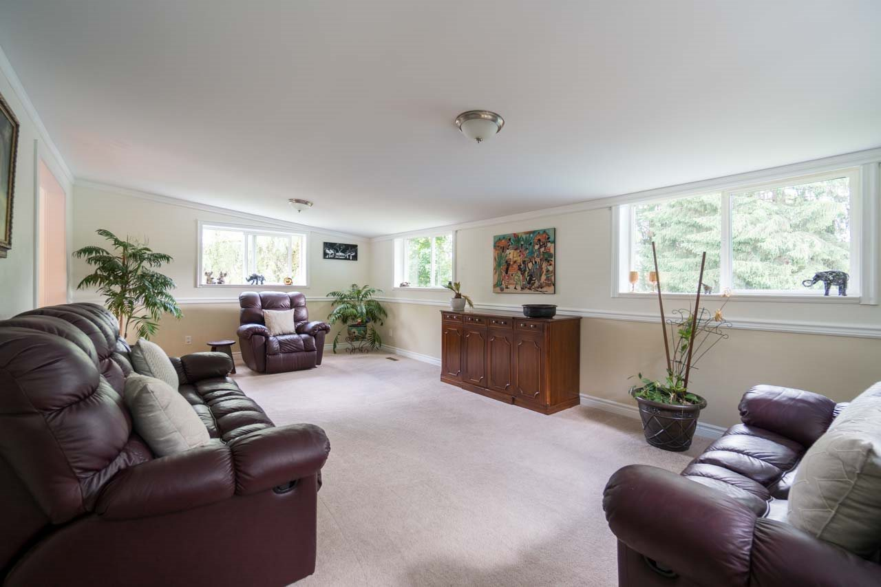 Photo 6: 1195 TAMARACK Place in Port Coquitlam: Birchland Manor House for sale : MLS® # R2177519