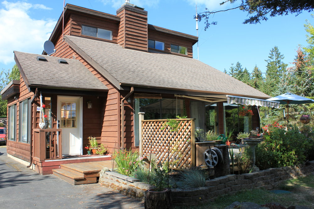 Main Photo: 68 Pilkey Point Road in Thetis Island: Beach Home for sale : MLS(r) # 303168
