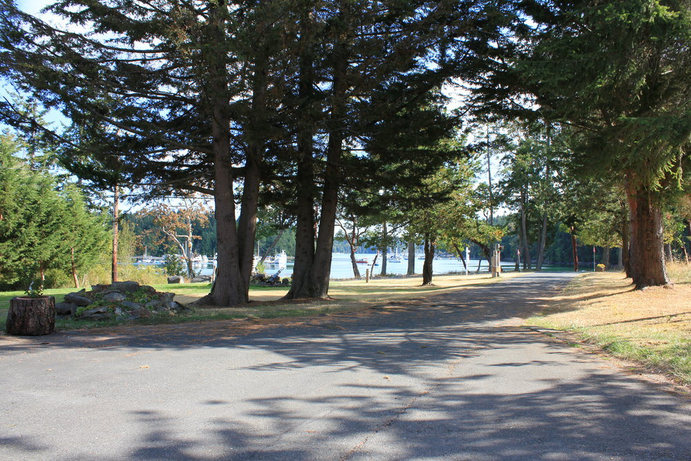 Photo 2: 68 Pilkey Point Road in Thetis Island: Beach Home for sale : MLS(r) # 303168
