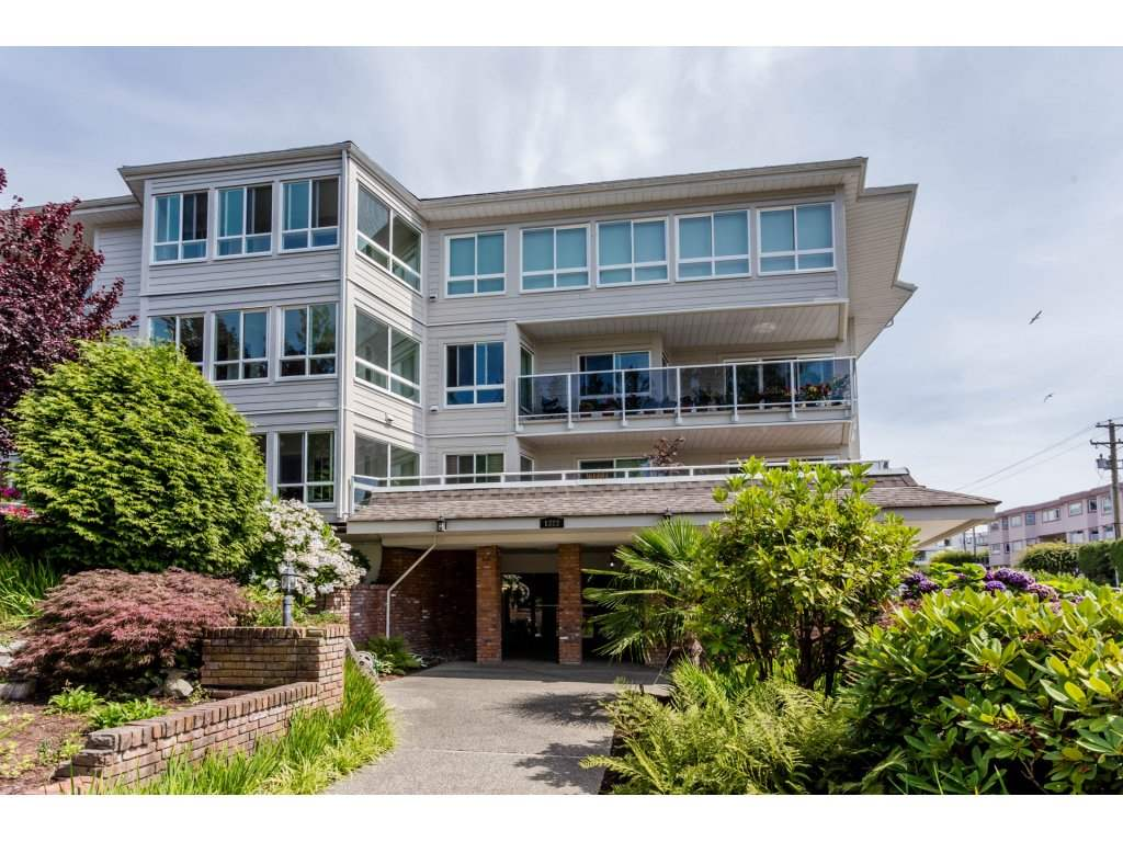 "Main Photo: 206 1322 MARTIN Street: White Rock Condo for sale in ""BLUE SPRUCE"" (South Surrey White Rock)  : MLS® # R2196764"