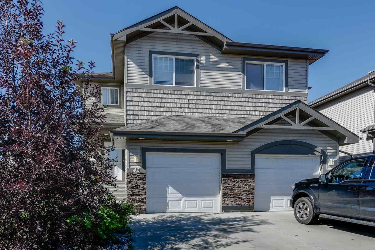 Main Photo: 42 Hartwick Loop: Spruce Grove House Half Duplex for sale : MLS® # E4079448