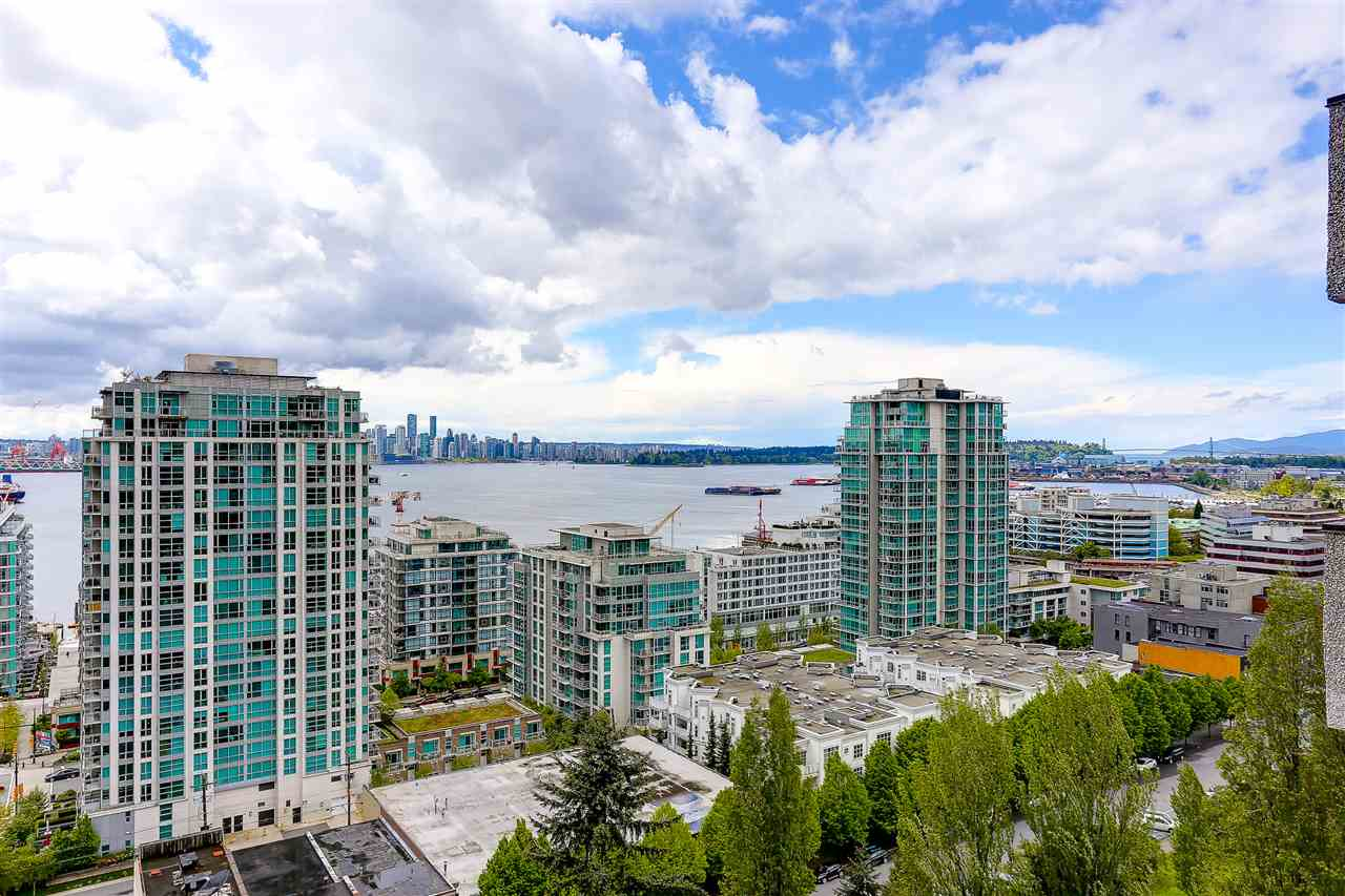"Photo 9: 1507 145 ST. GEORGES Avenue in North Vancouver: Lower Lonsdale Condo for sale in ""TALISMAN TOWERS"" : MLS® # R2203430"
