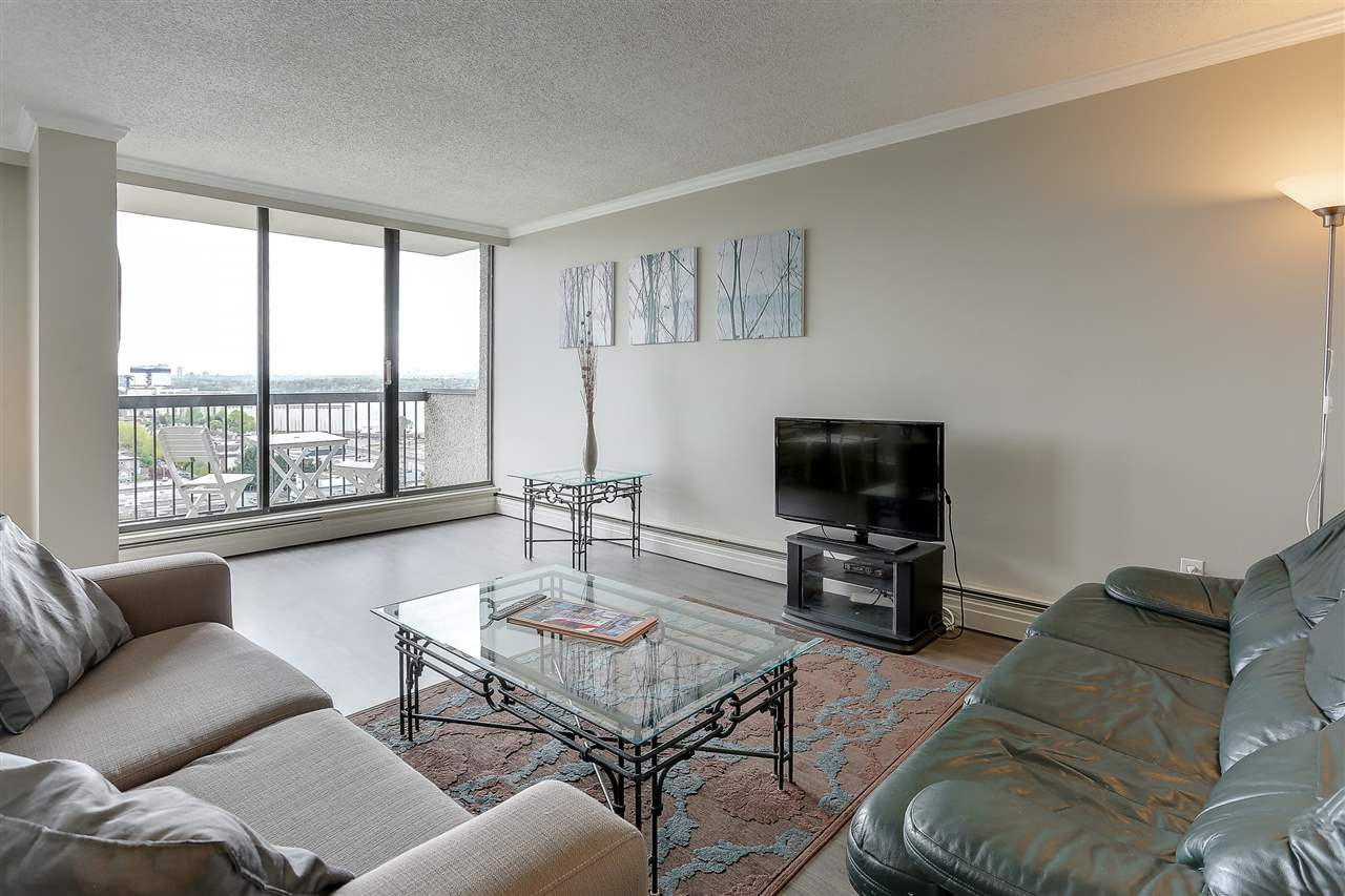 "Photo 3: 1507 145 ST. GEORGES Avenue in North Vancouver: Lower Lonsdale Condo for sale in ""TALISMAN TOWERS"" : MLS® # R2203430"