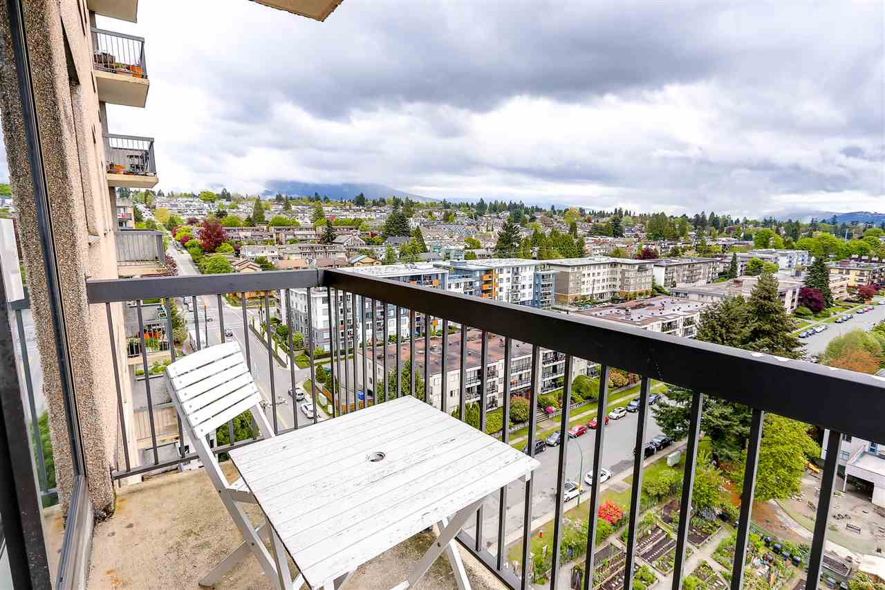 "Photo 6: 1507 145 ST. GEORGES Avenue in North Vancouver: Lower Lonsdale Condo for sale in ""TALISMAN TOWERS"" : MLS® # R2203430"