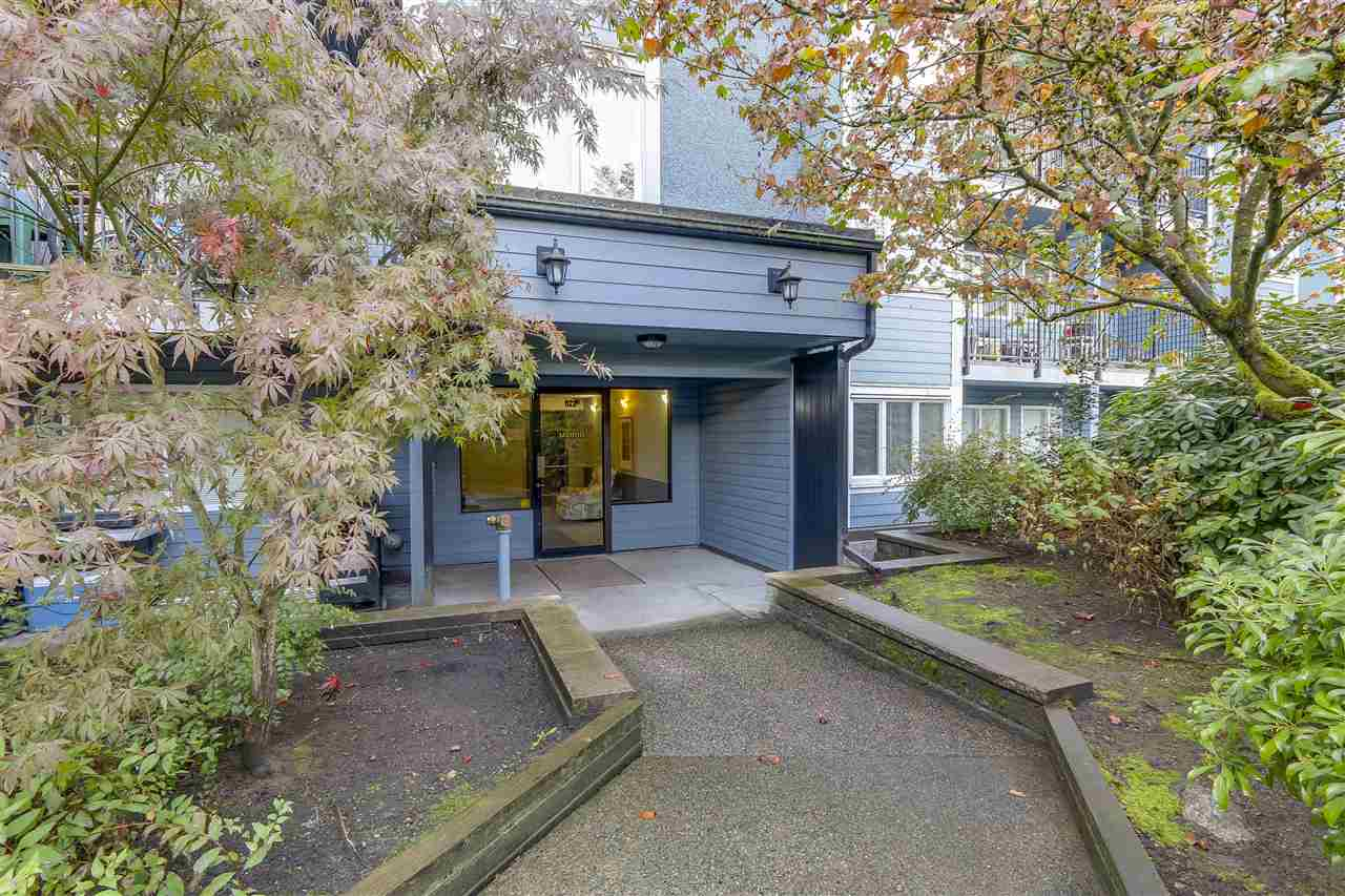 "Main Photo: 112 1122 KING ALBERT Avenue in Coquitlam: Central Coquitlam Condo for sale in ""KING ALBERT MANOR"" : MLS®# R2215013"