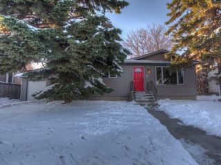 Main Photo: 320 CENTRE Street: Strathmore House for sale : MLS® # C4145560