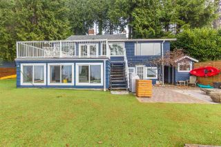 "Main Photo: 3241 BEACH Avenue: Roberts Creek House for sale in ""Beach Avenue Waterfront"" (Sunshine Coast)  : MLS® # R2226653"