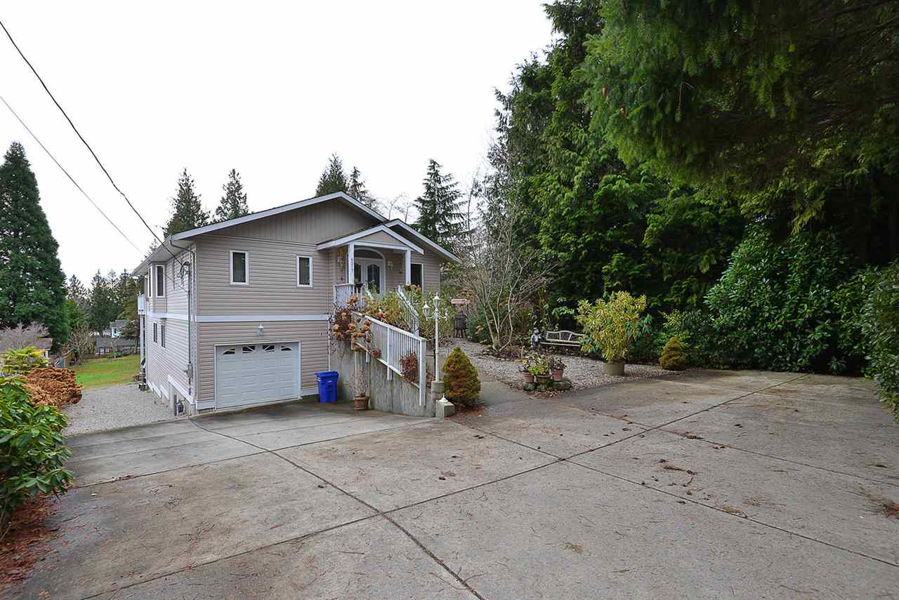 "Photo 1: Photos: 6217 NORWEST BAY Road in Sechelt: Sechelt District House for sale in ""WEST SECHELT"" (Sunshine Coast)  : MLS®# R2230873"