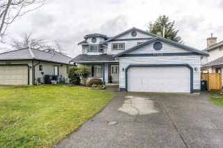 "Main Photo: 21243 86A Crescent in Langley: Walnut Grove House for sale in ""Forest Hills"" : MLS® # R2239217"