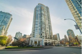 "Main Photo: 503 1201 MARINASIDE Crescent in Vancouver: Yaletown Condo for sale in ""The Peninsula"" (Vancouver West)  : MLS®# R2260689"