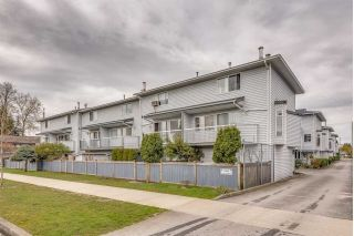 "Main Photo: 15 3384 COAST MERIDIAN Road in Port Coquitlam: Lincoln Park PQ Townhouse for sale in ""Avondale"" : MLS®# R2267443"