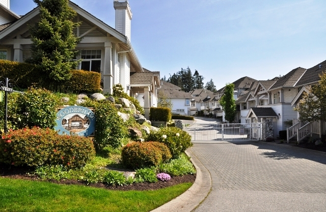 "Main Photo: 13 15037 58TH Avenue in Surrey: Sullivan Station Townhouse for sale in ""WOODBRIDGE"" : MLS® # F1113198"