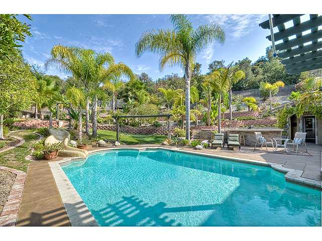 Main Photo: CARLSBAD SOUTH House for sale : 5 bedrooms : 6398 Paseo Establo in Carlsbad