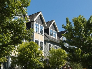 "Main Photo: PH4 380 W 10TH Avenue in Vancouver: Mount Pleasant VW Townhouse for sale in ""Turnbull's Watch"" (Vancouver West)  : MLS(r) # V1053163"