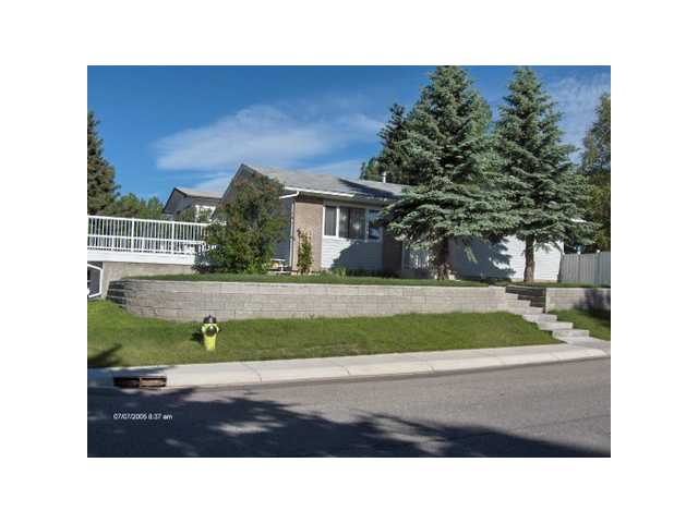 Main Photo: 6603 DALCROFT Hill NW in CALGARY: Dalhousie Residential Detached Single Family for sale (Calgary)  : MLS(r) # C3610133