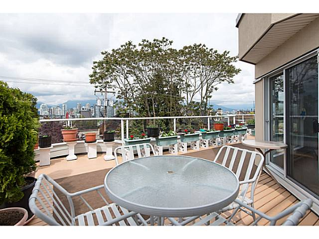 "Main Photo: 314 1236 W 8TH Avenue in Vancouver: Fairview VW Condo for sale in ""Galleria II"" (Vancouver West)  : MLS® # V1066681"