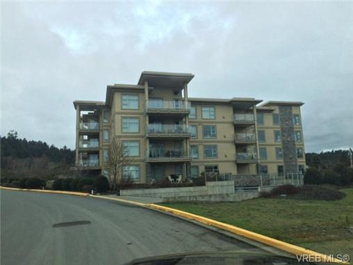 Photo 3: 205 3223 Selleck Way in VICTORIA: Co Lagoon Condo Apartment for sale (Colwood)  : MLS® # 346397