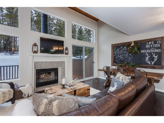 Photo 2: 16 1065 Evergreen Circle: Canmore House for sale : MLS® # C4041967