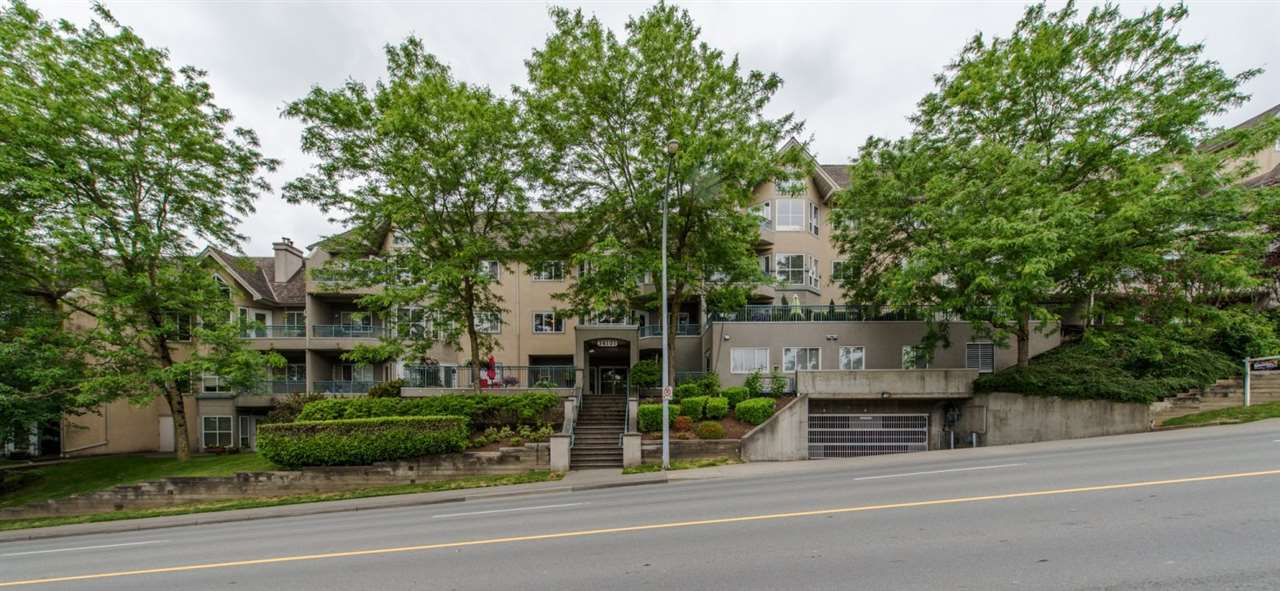 "Main Photo: 308 34101 OLD YALE Road in Abbotsford: Central Abbotsford Condo for sale in ""Yale Terrace"" : MLS®# R2073801"