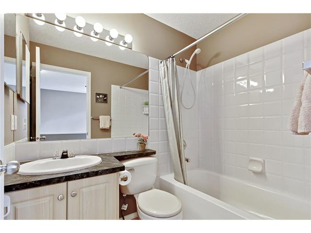 Photo 14: 50 PANAMOUNT Gardens NW in Calgary: Panorama Hills House for sale : MLS® # C4067883