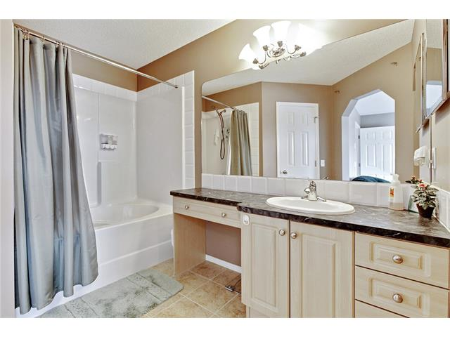 Photo 16: 50 PANAMOUNT Gardens NW in Calgary: Panorama Hills House for sale : MLS® # C4067883