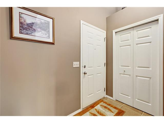 Photo 4: 50 PANAMOUNT Gardens NW in Calgary: Panorama Hills House for sale : MLS® # C4067883
