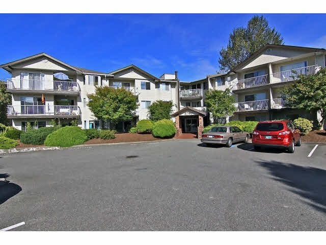 "Main Photo: 301 2780 WARE Street in Abbotsford: Central Abbotsford Condo for sale in ""Chelsea House"" : MLS® # R2110446"