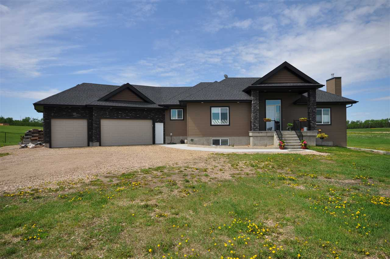 Main Photo: #30 20508 TWP RD 502: Rural Beaver County House for sale : MLS(r) # E4047766