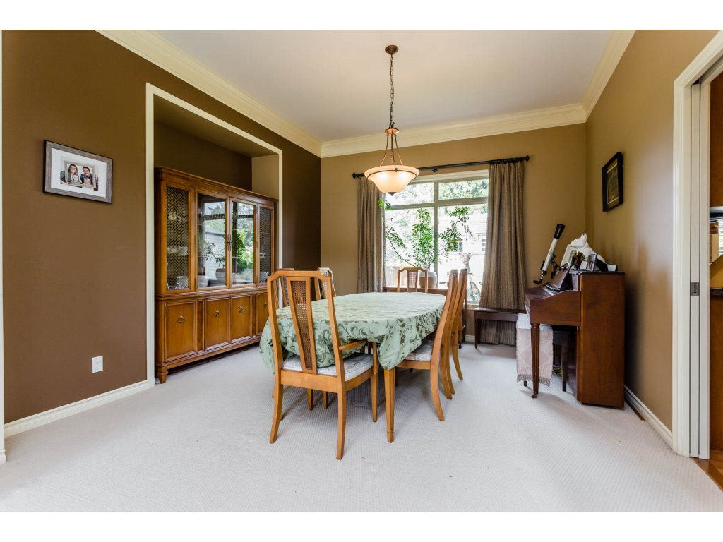 Photo 6: 4215 199A Street in Langley: Brookswood Langley House for sale : MLS® # R2149185