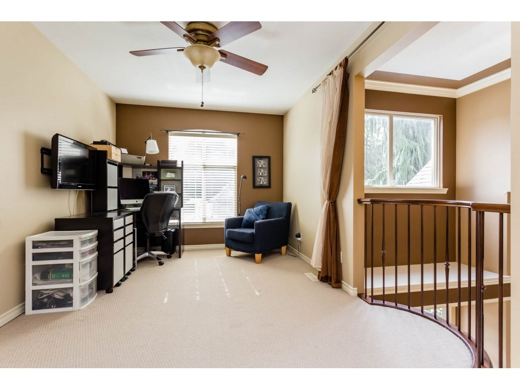 Photo 17: 4215 199A Street in Langley: Brookswood Langley House for sale : MLS® # R2149185