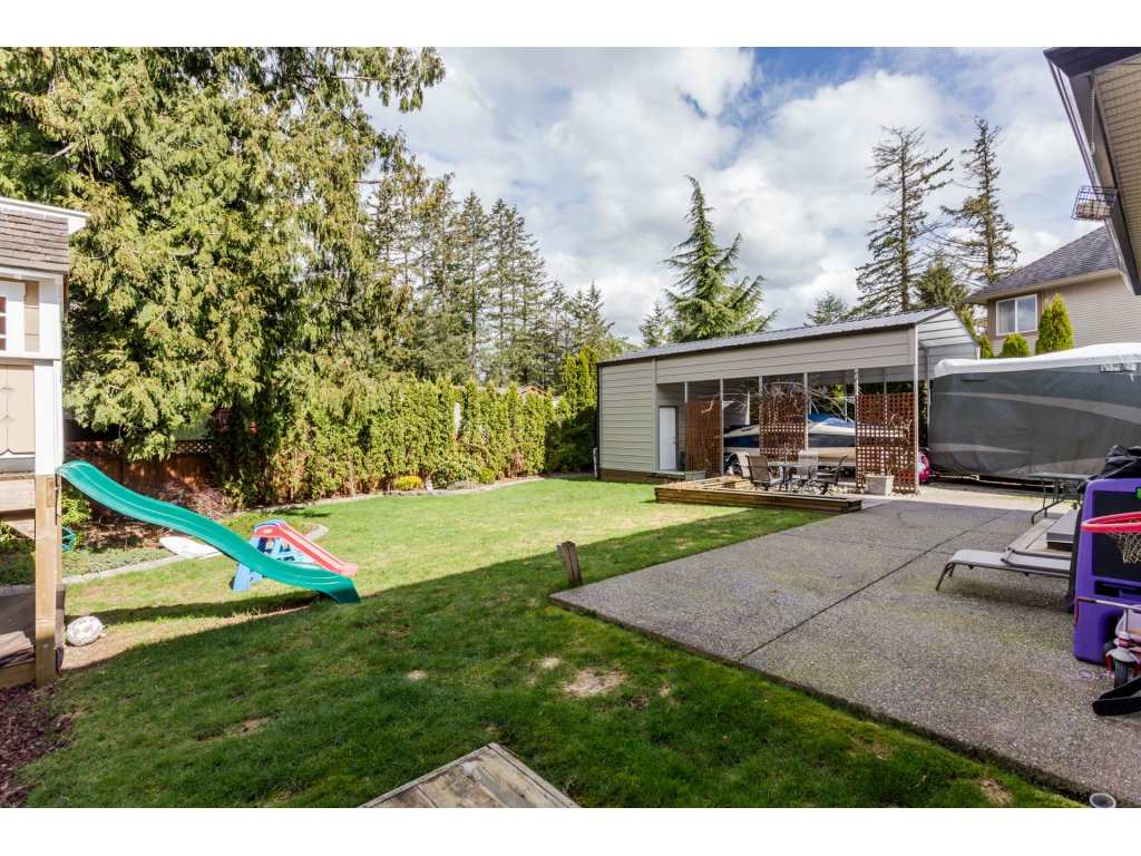 Photo 19: 4215 199A Street in Langley: Brookswood Langley House for sale : MLS® # R2149185
