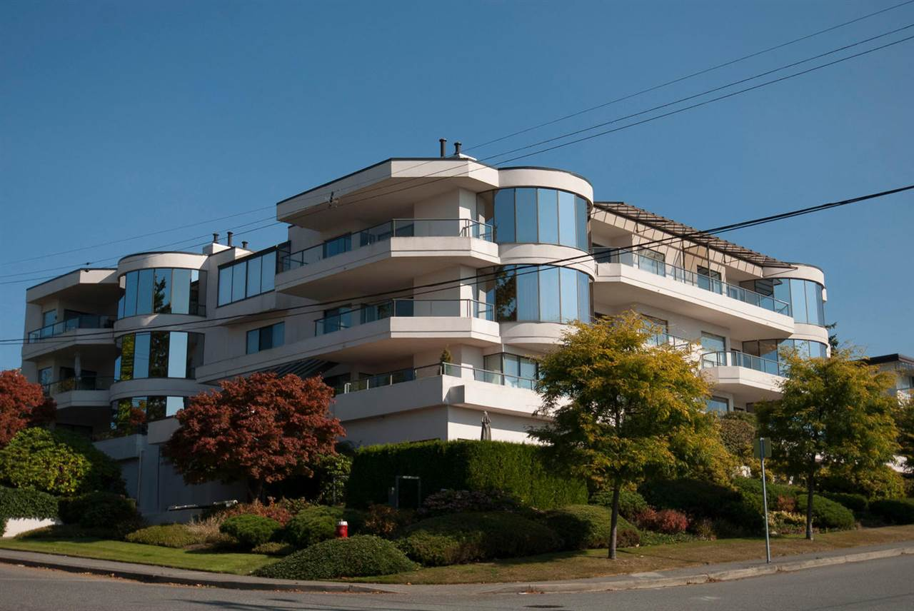 "Main Photo: 101 1250 MARTIN Street: White Rock Condo for sale in ""Regency"" (South Surrey White Rock)  : MLS® # R2158476"